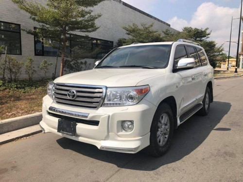 Land Cruiser GX-R 08 upgrade 015 V6 Full Option  $66,000