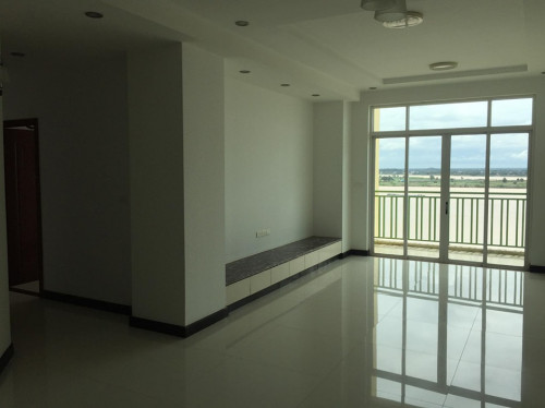 CONDO for sale/公寓出售。