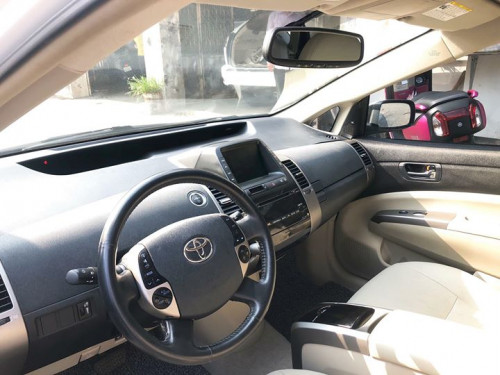 Toyota Prius 2006 full-option